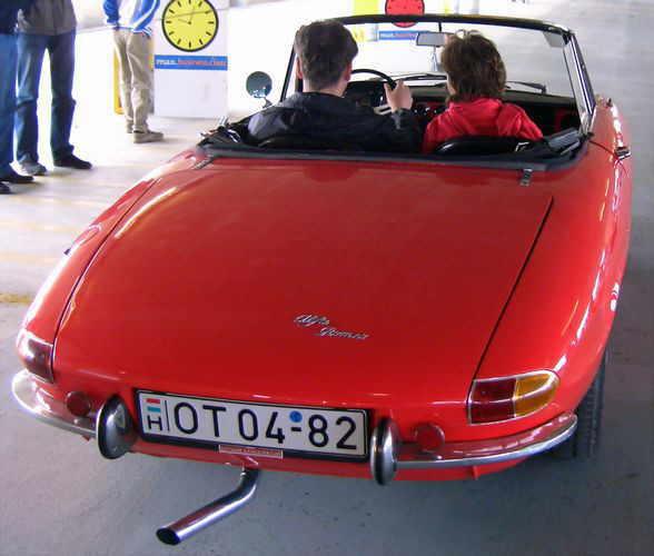 Alfa Romeo: Alfa Romeo Spider 1750
