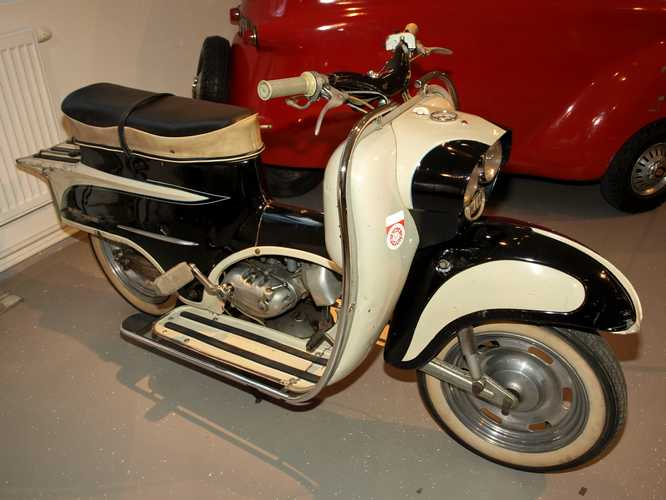 KTM: KTM Ponny De Luxe...